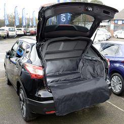 Nissan Qashqai (5 Seater) Low Floor 2014 Onwards